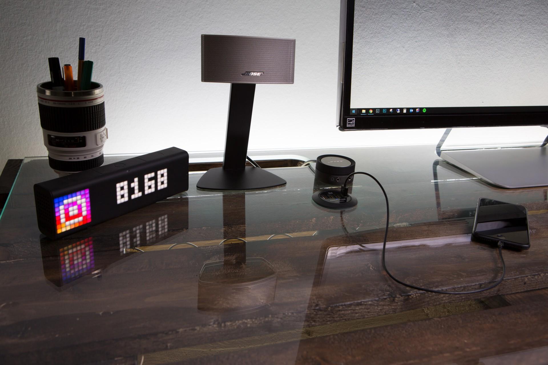 stefan bischoff photography diy schreibtisch aus europaletten. Black Bedroom Furniture Sets. Home Design Ideas