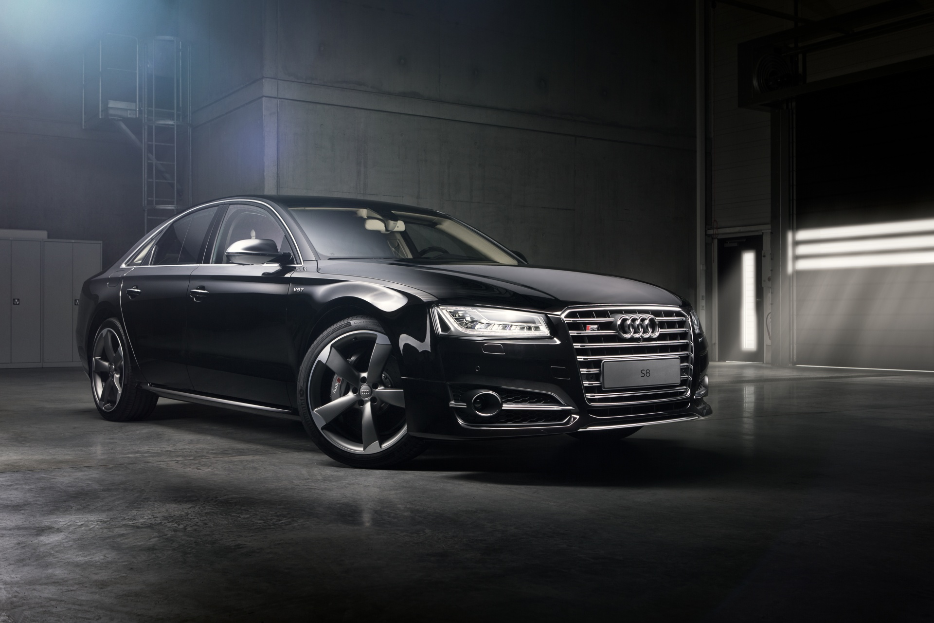 After-Audi S8